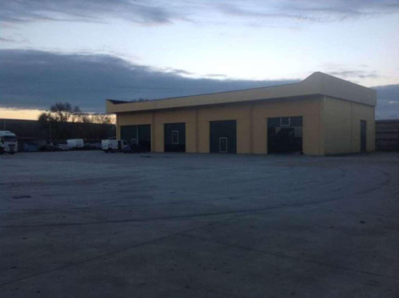 Capannone in affitto a Volvera, 4 locali, prezzo € 2.200 | Cambio Casa.it