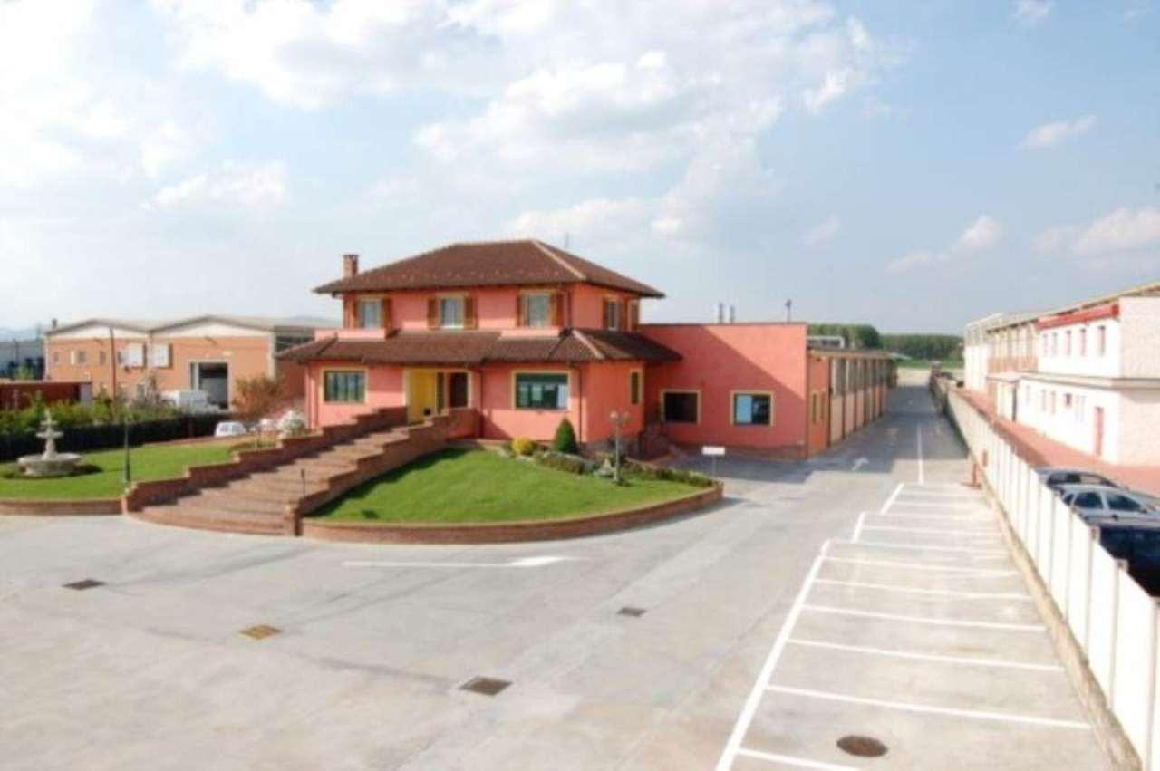 Capannone in vendita a Santena, 6 locali, prezzo € 2.100.000 | Cambio Casa.it