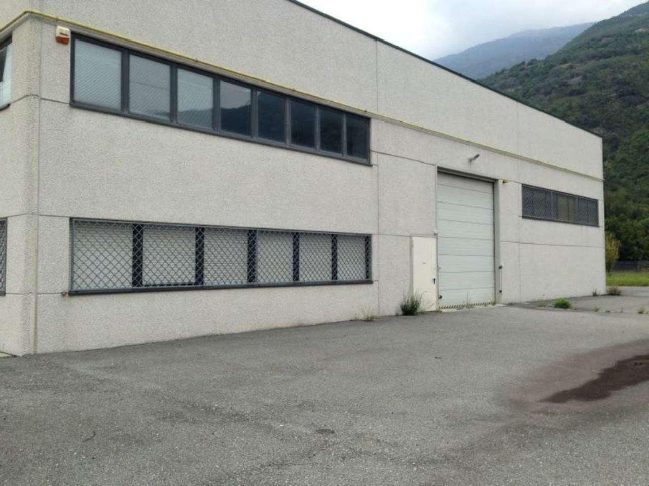 Capannone in vendita a Borgone Susa, 1 locali, prezzo € 300.000 | Cambio Casa.it