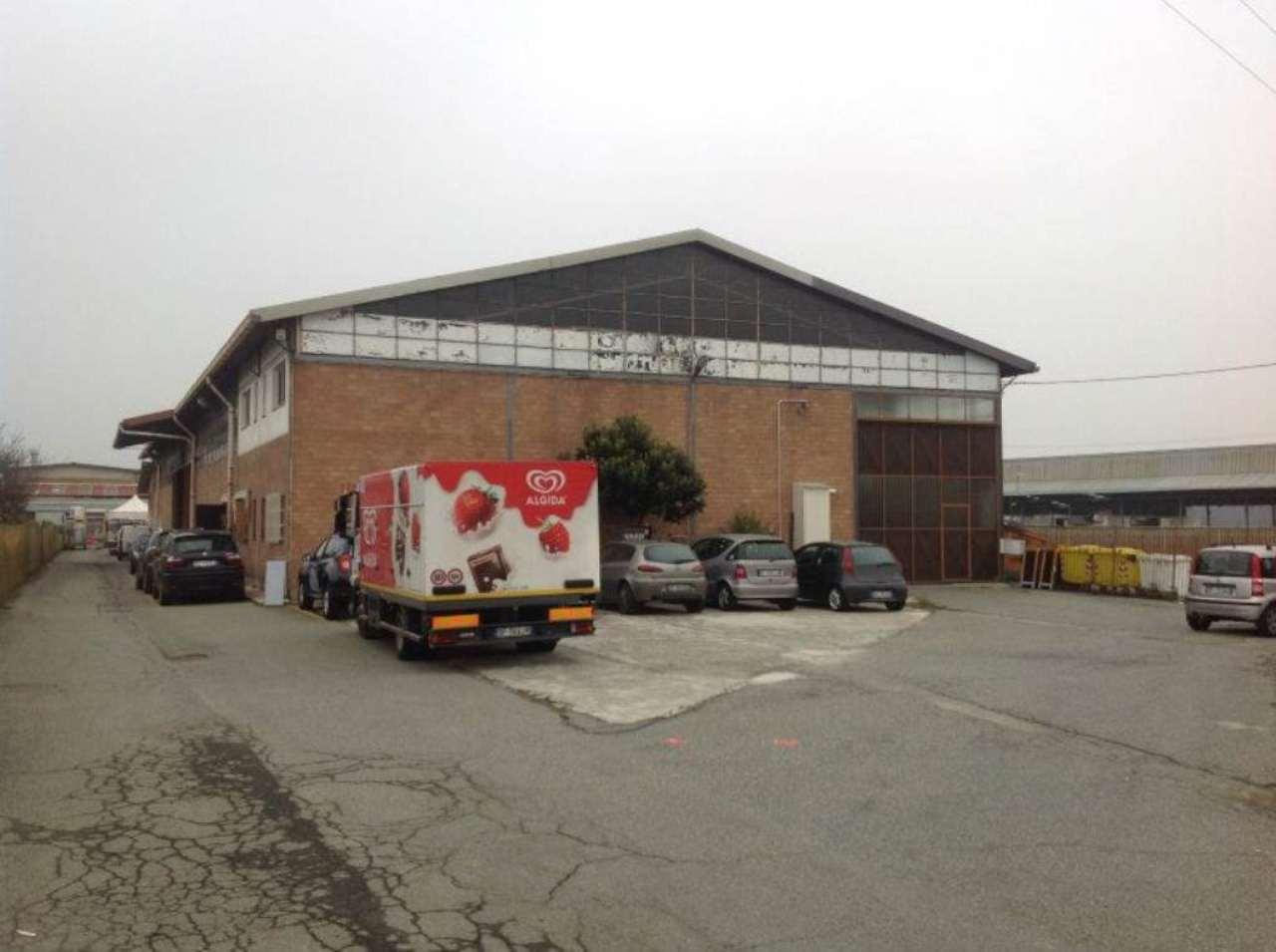 Capannone in vendita a Volpiano, 2 locali, prezzo € 400.000 | Cambio Casa.it