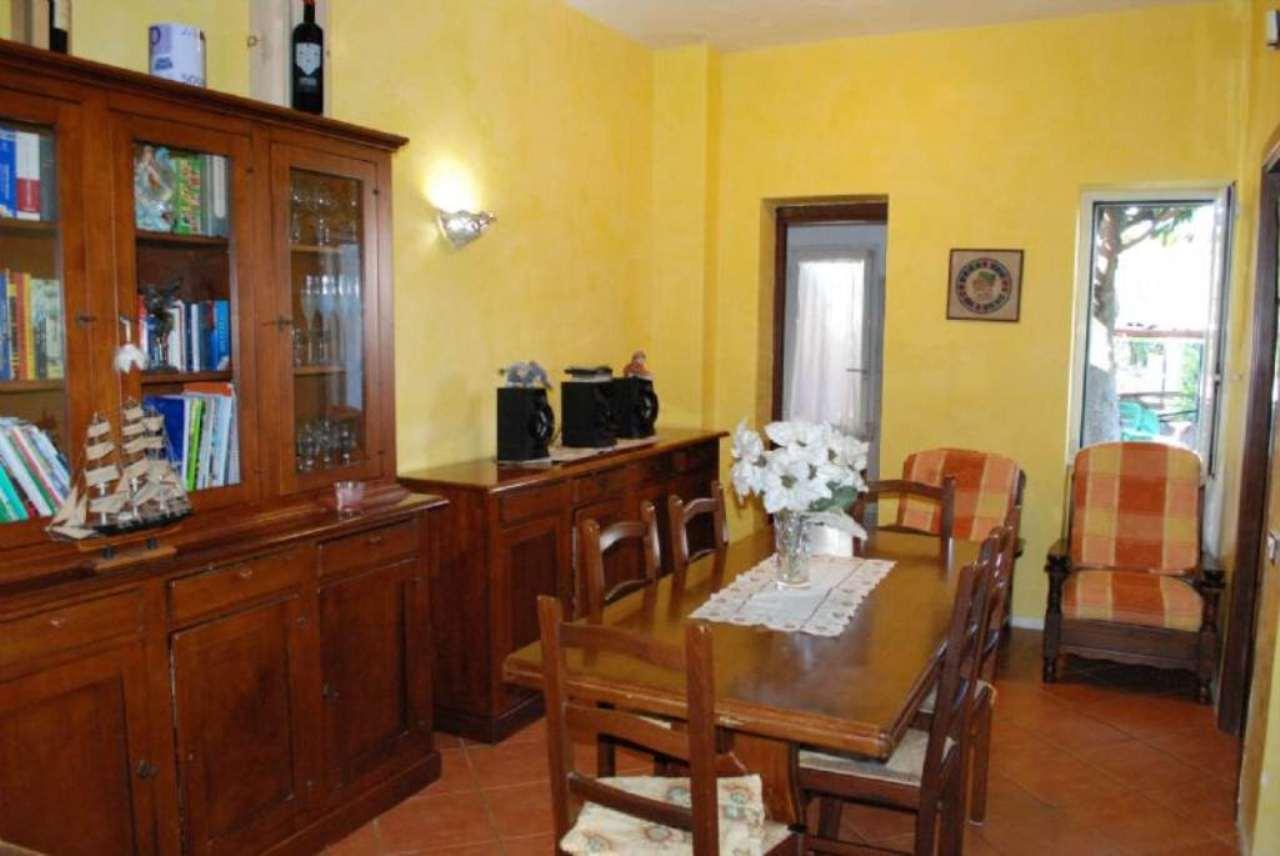 Soluzione Indipendente in vendita a Cerveteri, 4 locali, prezzo € 220.000   Cambio Casa.it