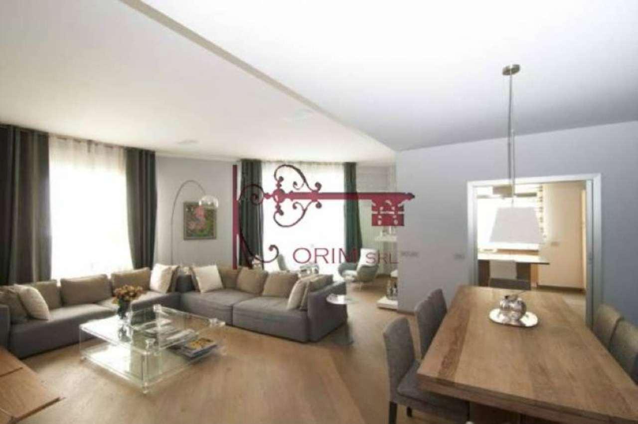 Appartamento in affitto a Milano, 4 locali, zona Zona: 1 . Centro Storico, Duomo, Brera, Cadorna, Cattolica, prezzo € 5.000 | Cambio Casa.it