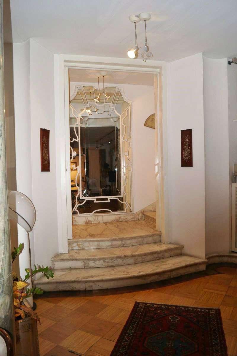 Negozio / Locale in affitto a Milano, 2 locali, zona Zona: 4 . Buenos Aires, Indipendenza, P.ta Venezia, Regina Giovanna, Dateo, prezzo € 4.167 | Cambio Casa.it