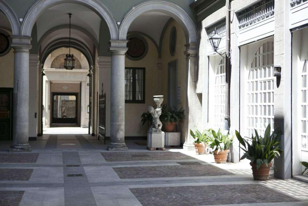 Appartamento in affitto a Milano, 5 locali, zona Zona: 1 . Centro Storico, Duomo, Brera, Cadorna, Cattolica, prezzo € 4.166 | CambioCasa.it