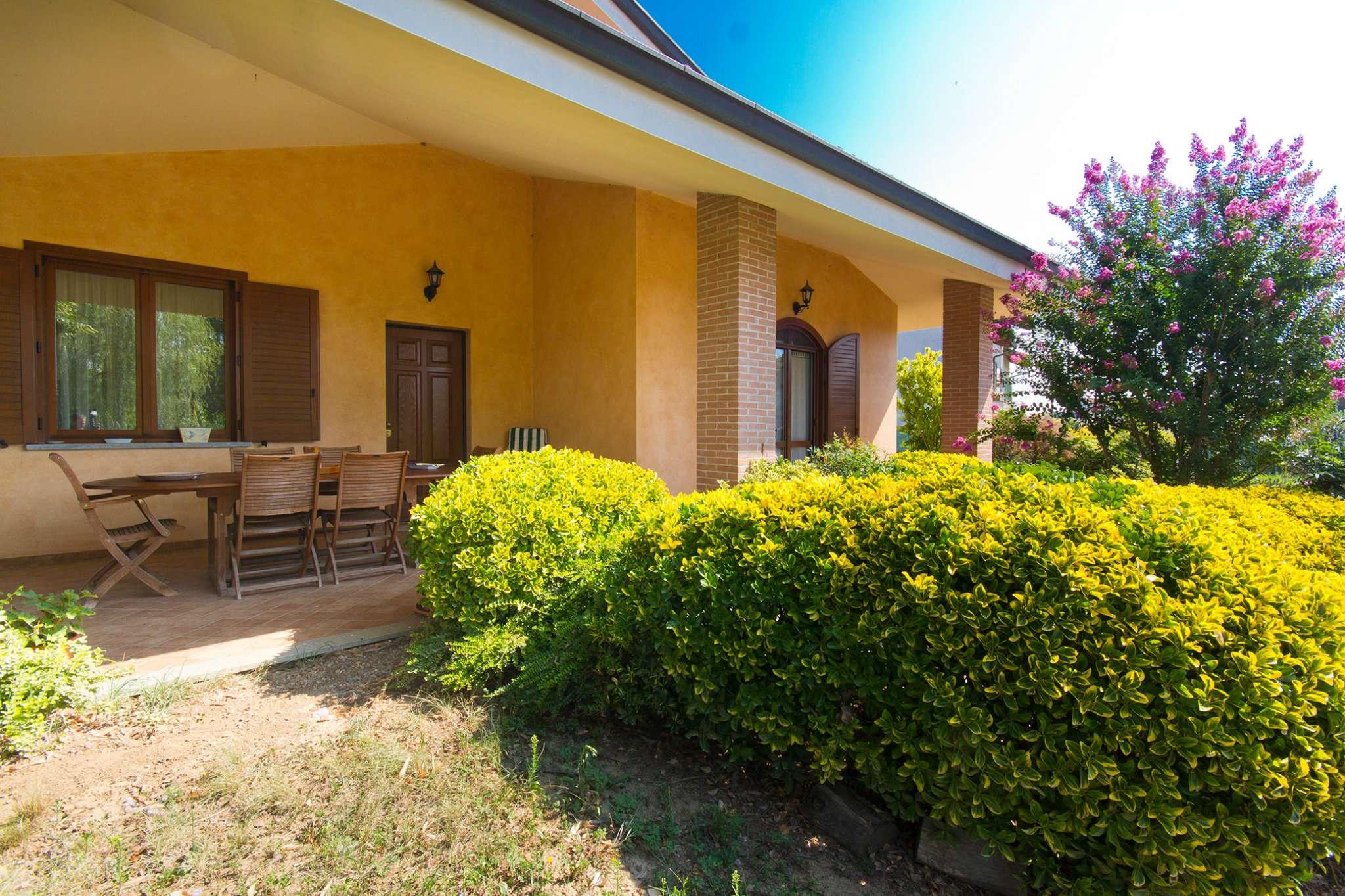 Foto 1 di Villa via Garibaldi  10, frazione Scarrone, Pralormo