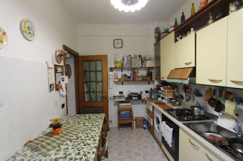 Bilocale Genova Via Giacomo Biga 7