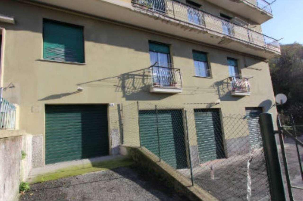 Bilocale Genova Via Tofane 10