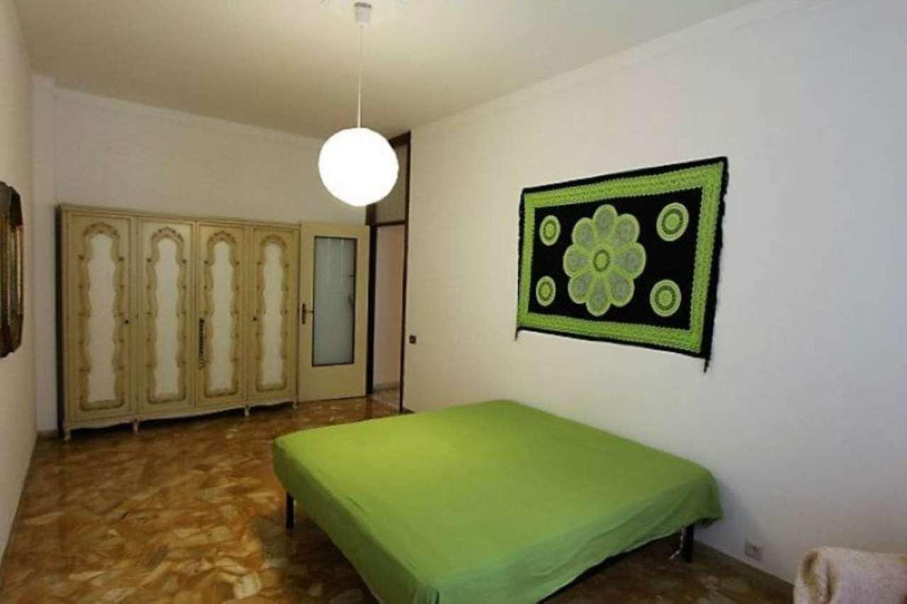 Bilocale Genova Via Dell'arena 6