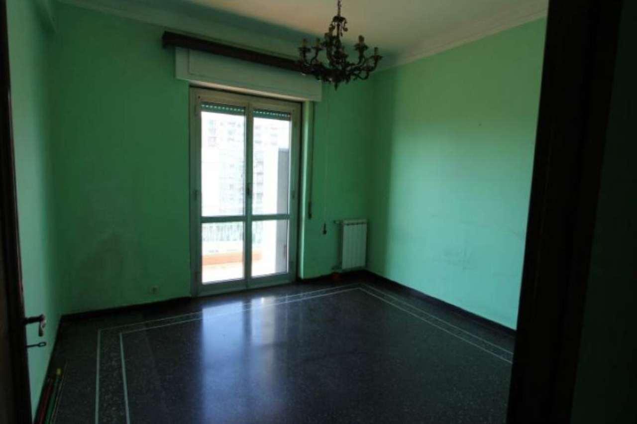 Bilocale Genova Via San Bartolomeo Del Fossato 3