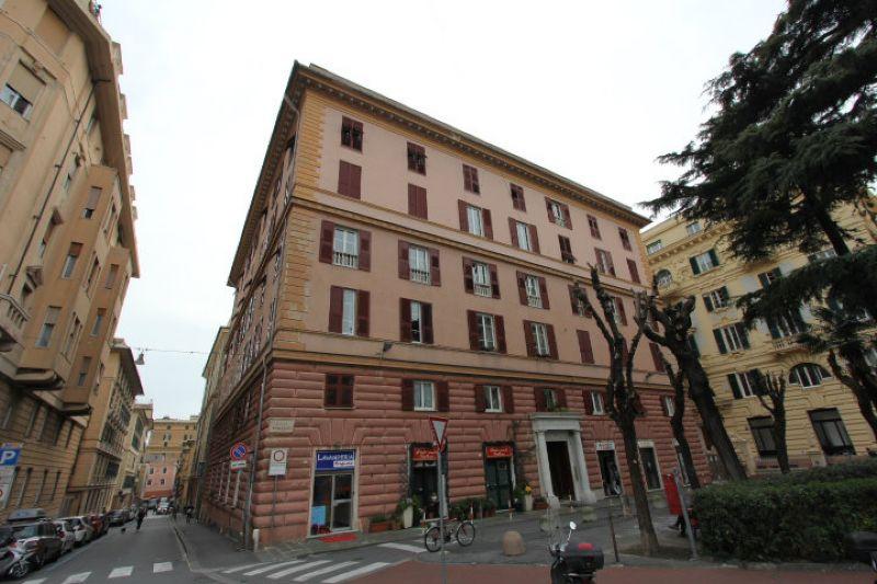 Bilocale Genova Piazza Brignole 1