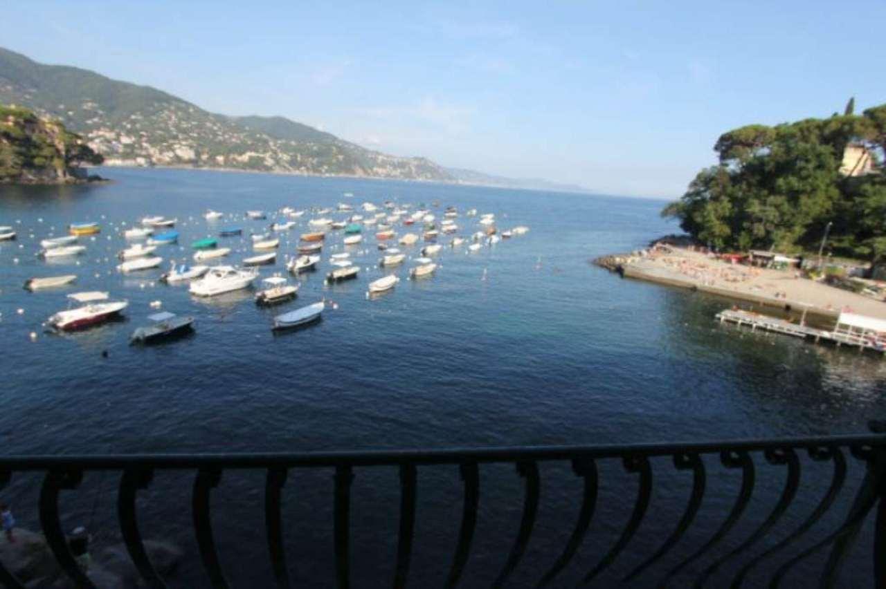 Appartamento in affitto a Rapallo, 5 locali, prezzo € 1.600 | Cambio Casa.it