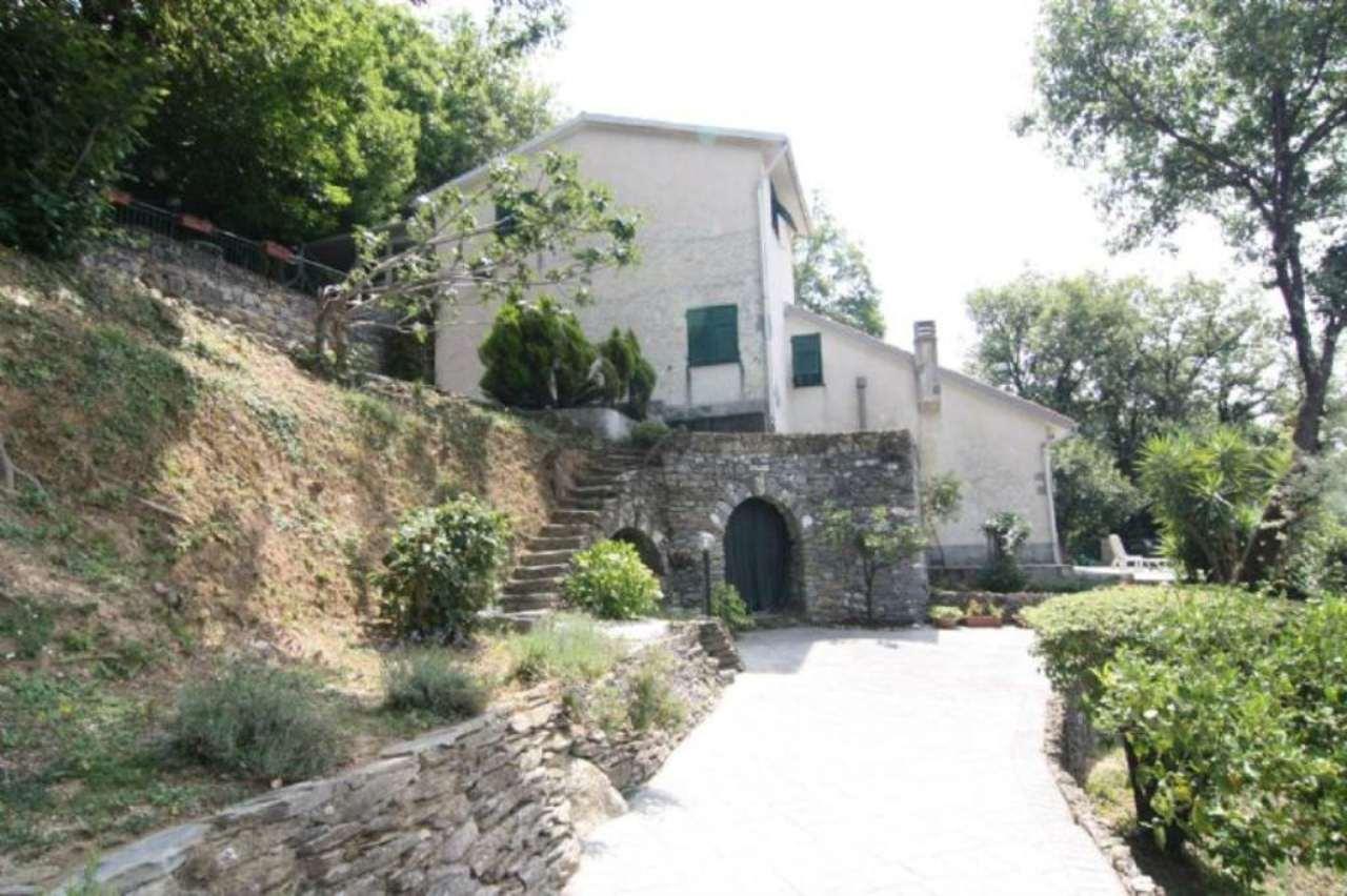Soluzione Indipendente in vendita a Avegno, 12 locali, prezzo € 650.000 | Cambio Casa.it