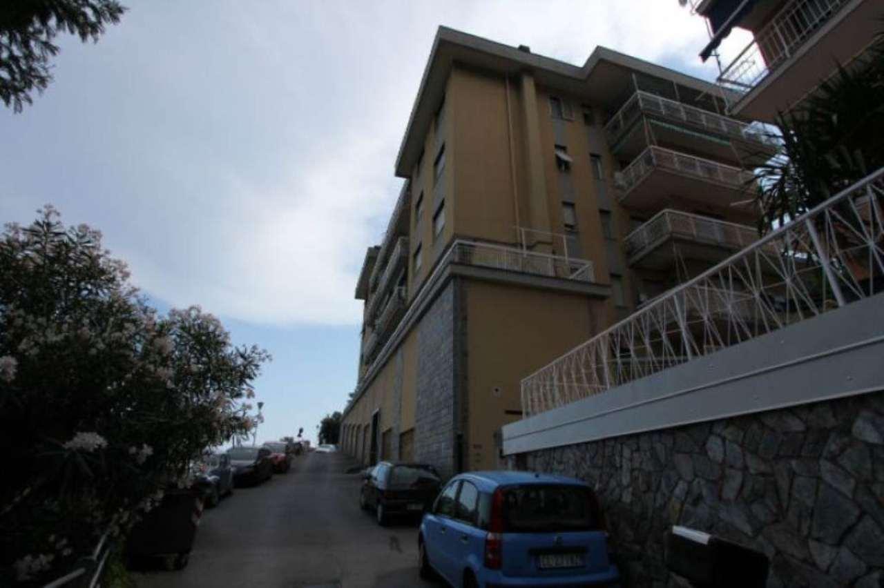 Bilocale Arenzano Via Guglielmo Marconi 10