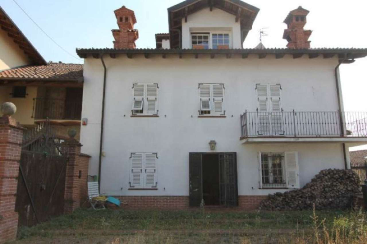 Soluzione Indipendente in vendita a Silvano d'Orba, 10 locali, prezzo € 260.000 | Cambio Casa.it