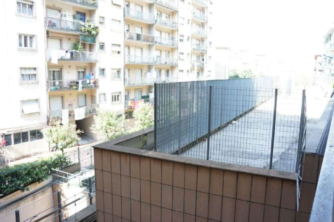 Bilocale Genova Via Benedetto Brin 1