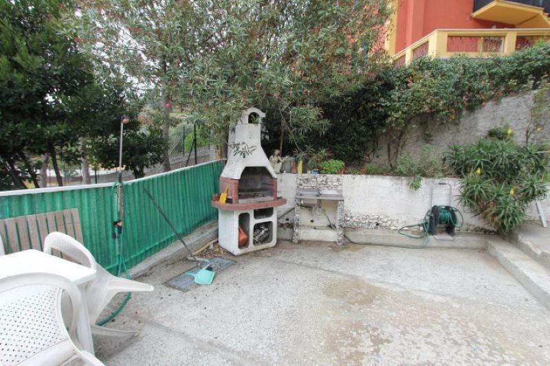 Bilocale Genova Via Delle Gavette 1