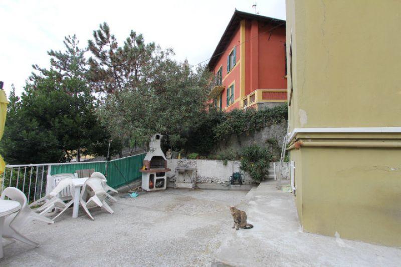 Bilocale Genova Via Delle Gavette 2