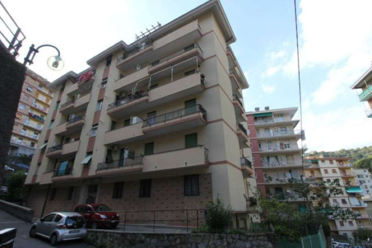 Bilocale Genova Via Ammarengo 1