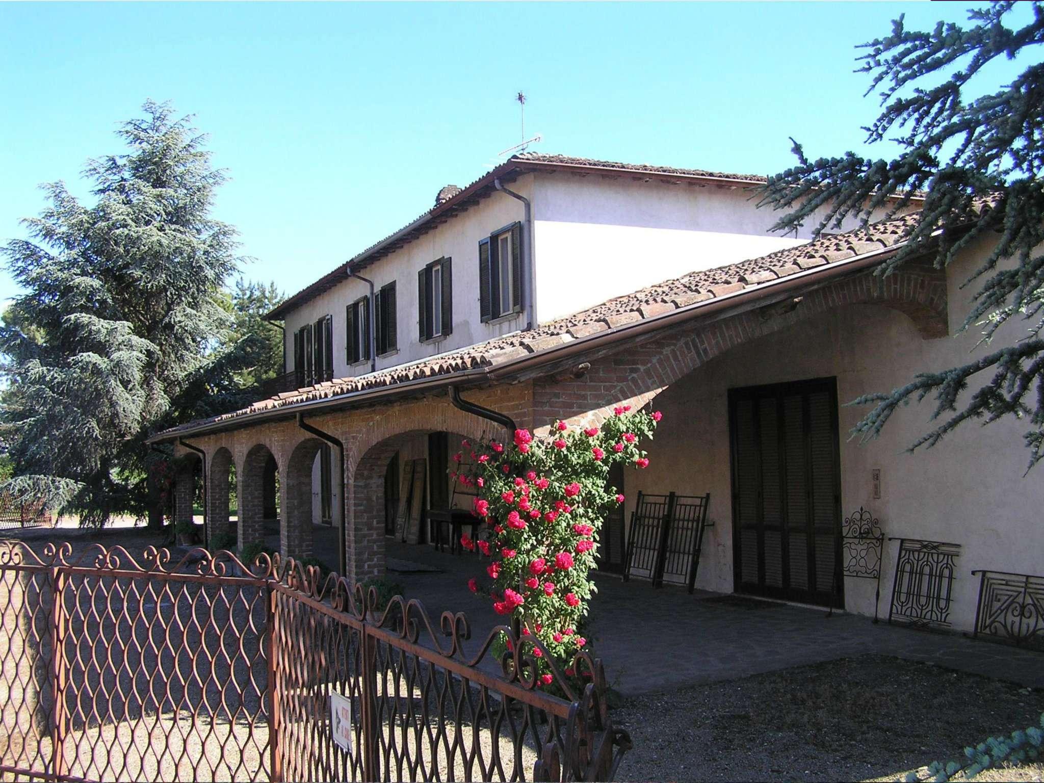 Soluzione Indipendente in vendita a Rivanazzano, 8 locali, prezzo € 1.000.000 | Cambio Casa.it