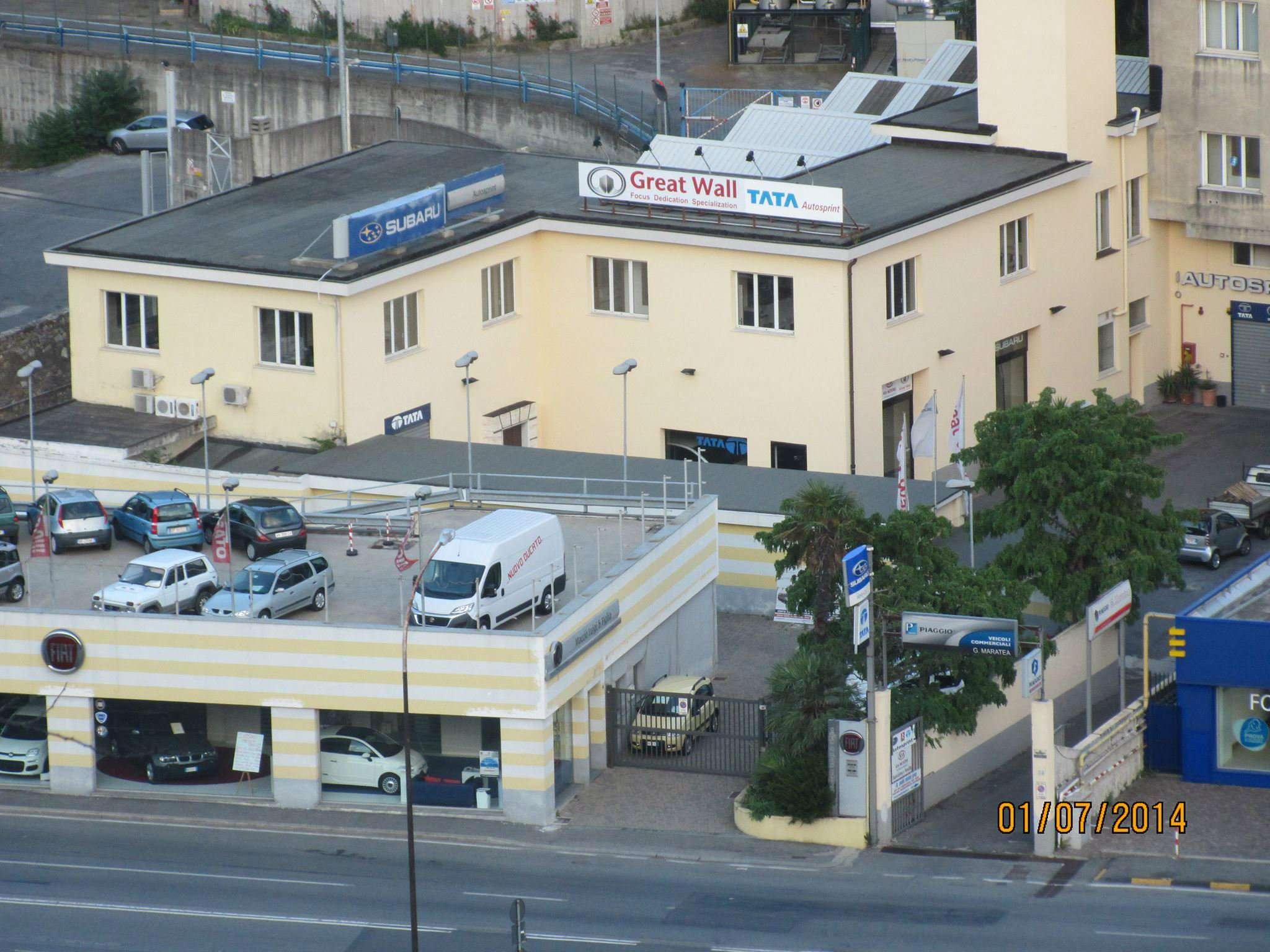 Capannone in vendita a Genova, 18 locali, prezzo € 870.000 | CambioCasa.it