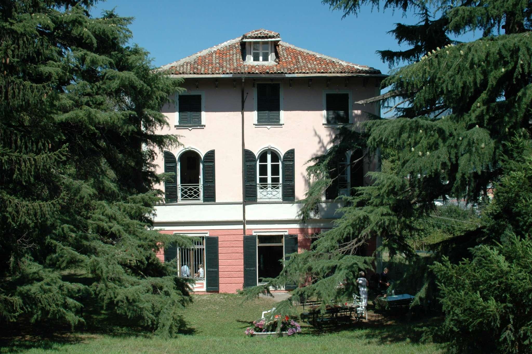 Villa in vendita a Busalla, 16 locali, prezzo € 420.000 | CambioCasa.it