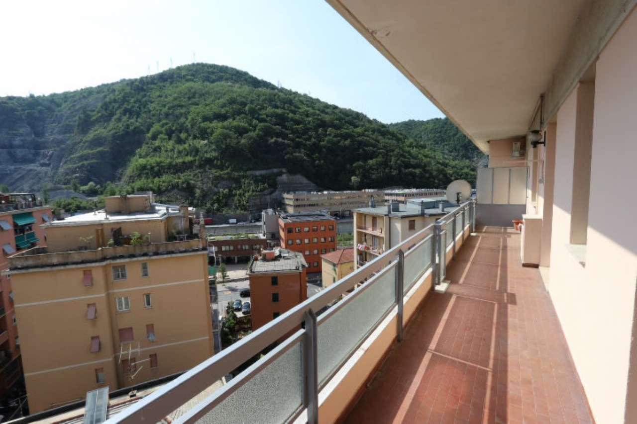Foto 1 di Quadrilocale via Elia Bernardini, Genova (zona San Gottardo)