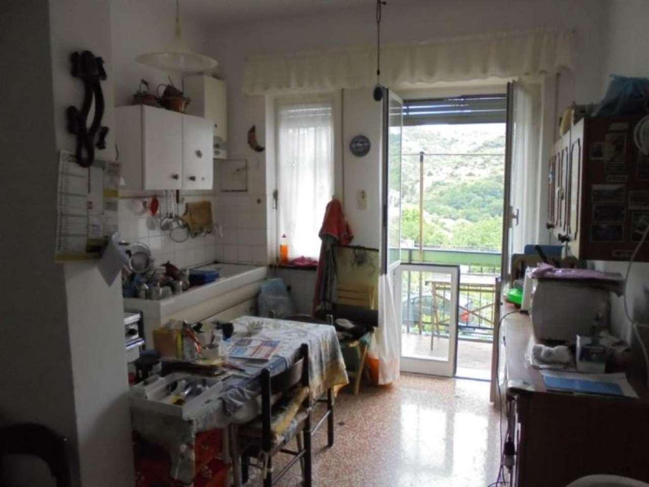 Bilocale Genova Via Villini Ambroglio Negrone 2