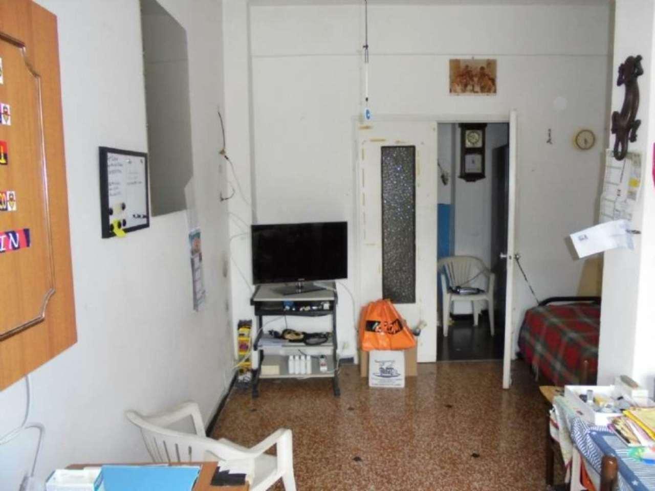 Bilocale Genova Via Villini Ambroglio Negrone 5