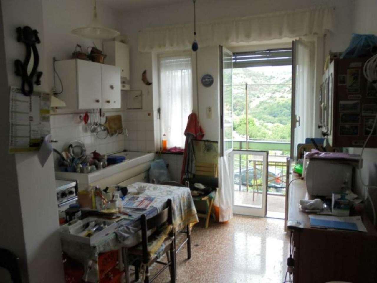 Bilocale Genova Via Villini Ambroglio Negrone 6