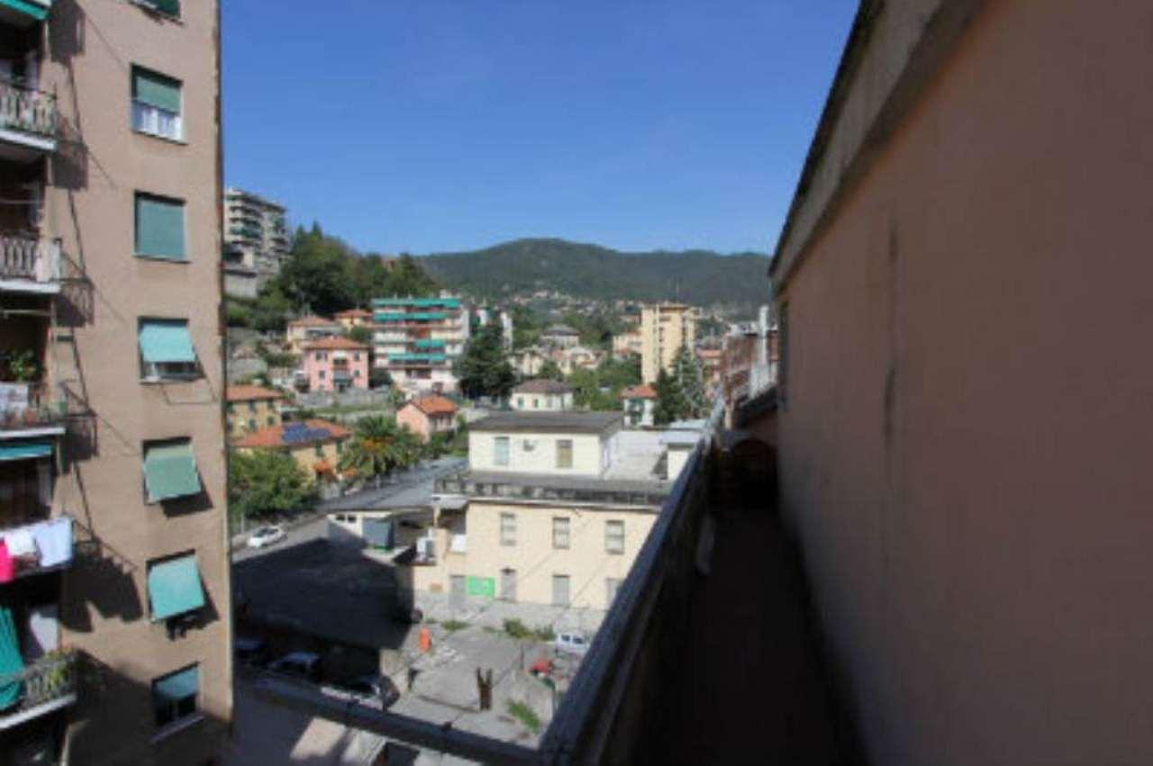 Bilocale Genova Via Elia Bernardini 3