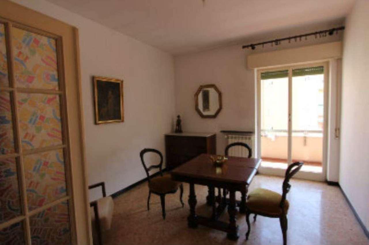 Bilocale Genova Via Elia Bernardini 5