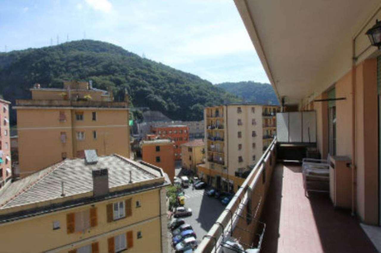 Bilocale Genova Via Elia Bernardini 2