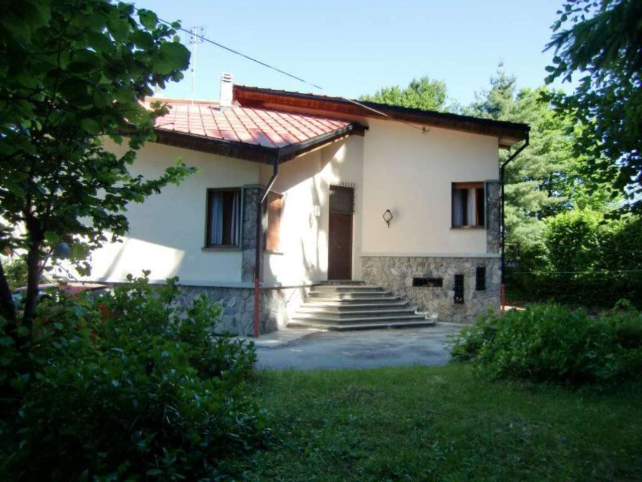 Villa in vendita a Roburent, 7 locali, prezzo € 275.000 | Cambio Casa.it