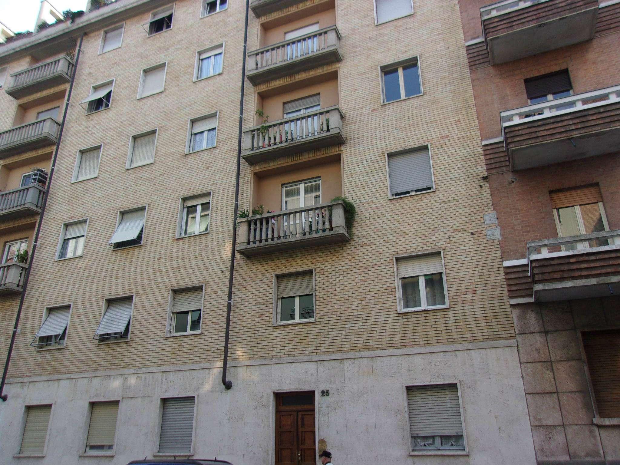Appartamento in Affitto a Torino Semicentro Ovest: 2 locali, 56 mq