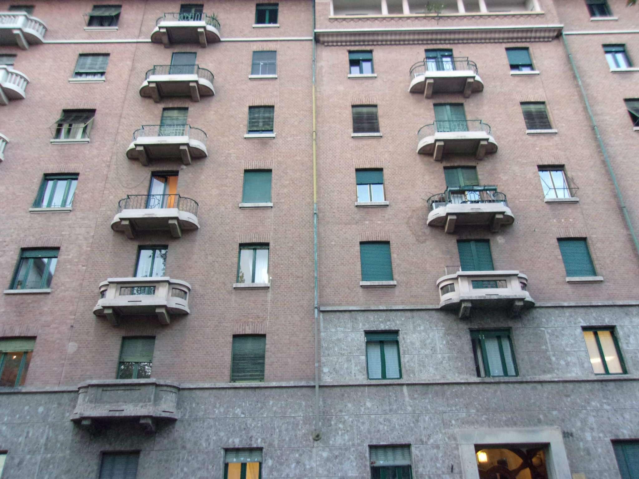 Appartamento in Affitto a Torino Semicentro Ovest: 5 locali, 122 mq