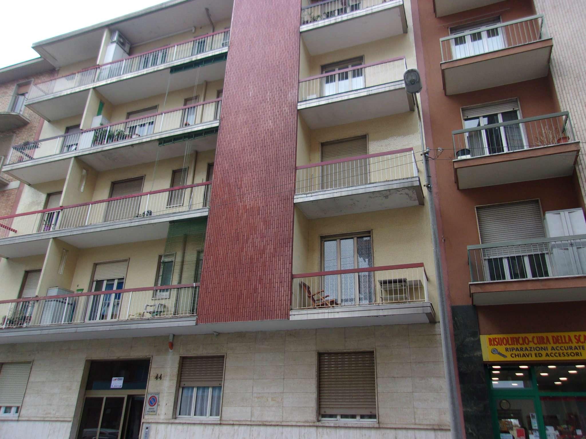 Appartamento in Vendita a Torino Semicentro Ovest: 2 locali, 64 mq