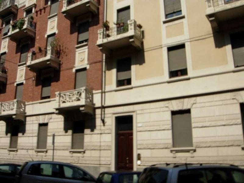Ufficio-studio in Affitto a Torino Semicentro Sud: 3 locali, 75 mq