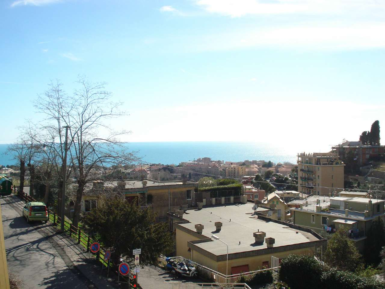 Foto 1 di Bilocale via monaco simone 28, Genova (zona Apparizione)