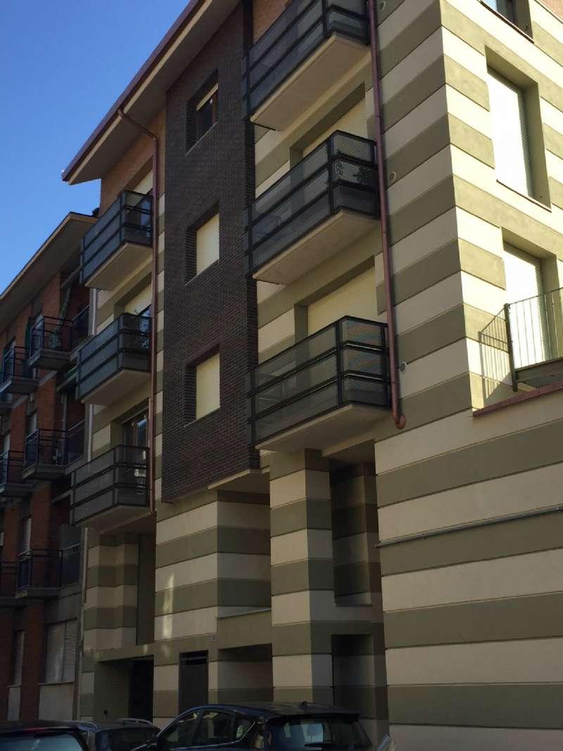 Foto 1 di Quadrilocale via FERRERE 15, Torino (zona Cenisia, San Paolo)