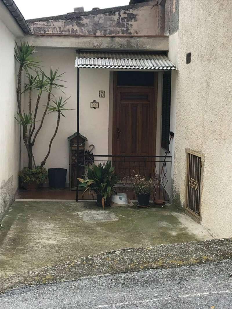 Foto 1 di Appartamento Località Cantone 7, frazione Cantone, Vendone