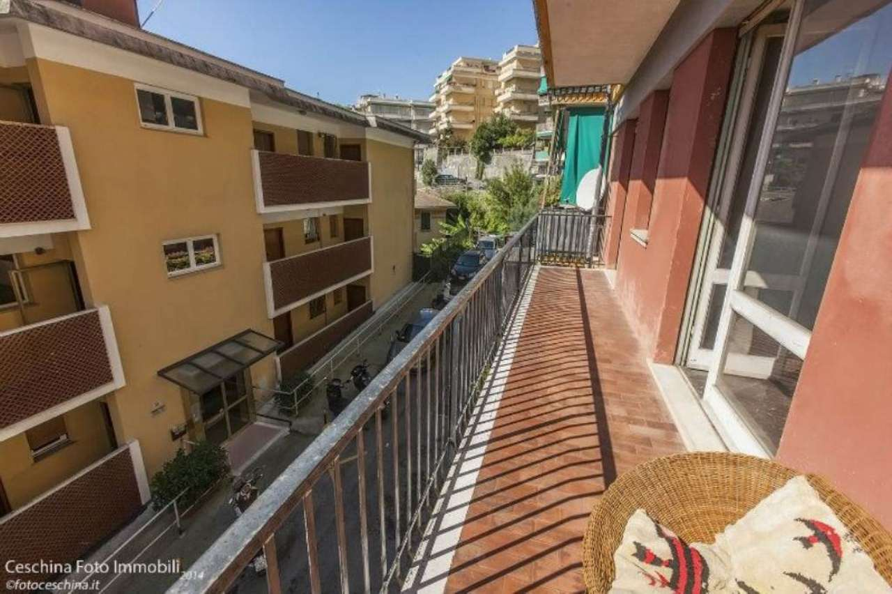 Bilocale Rapallo Via Castruccio 9