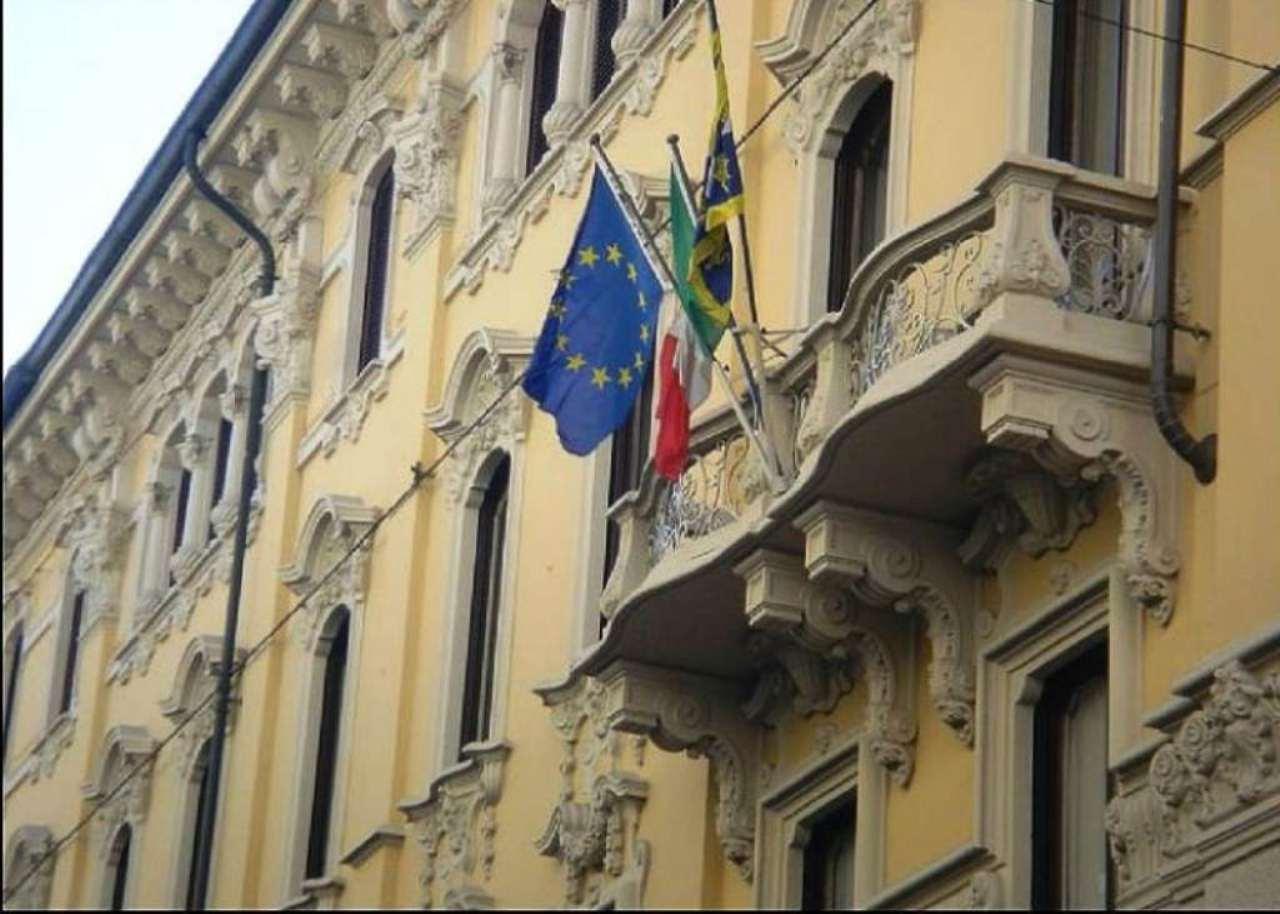 Bilocale Torino Via San Francesco D'assisi 1