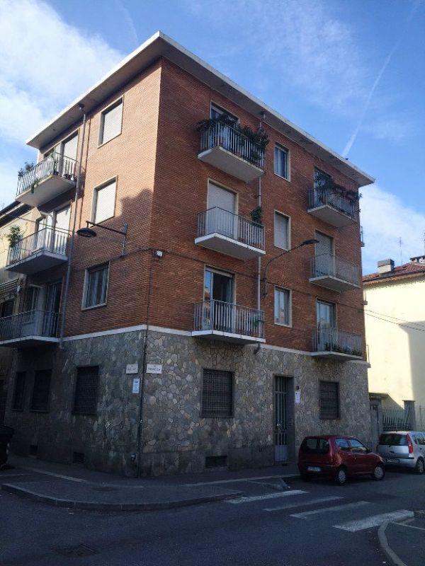 Bilocale Torino Via Chiusella 1
