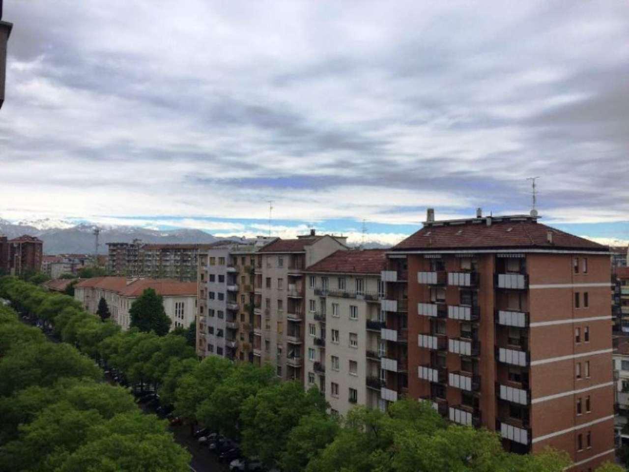 Bilocale Torino Corso Peschiera 11
