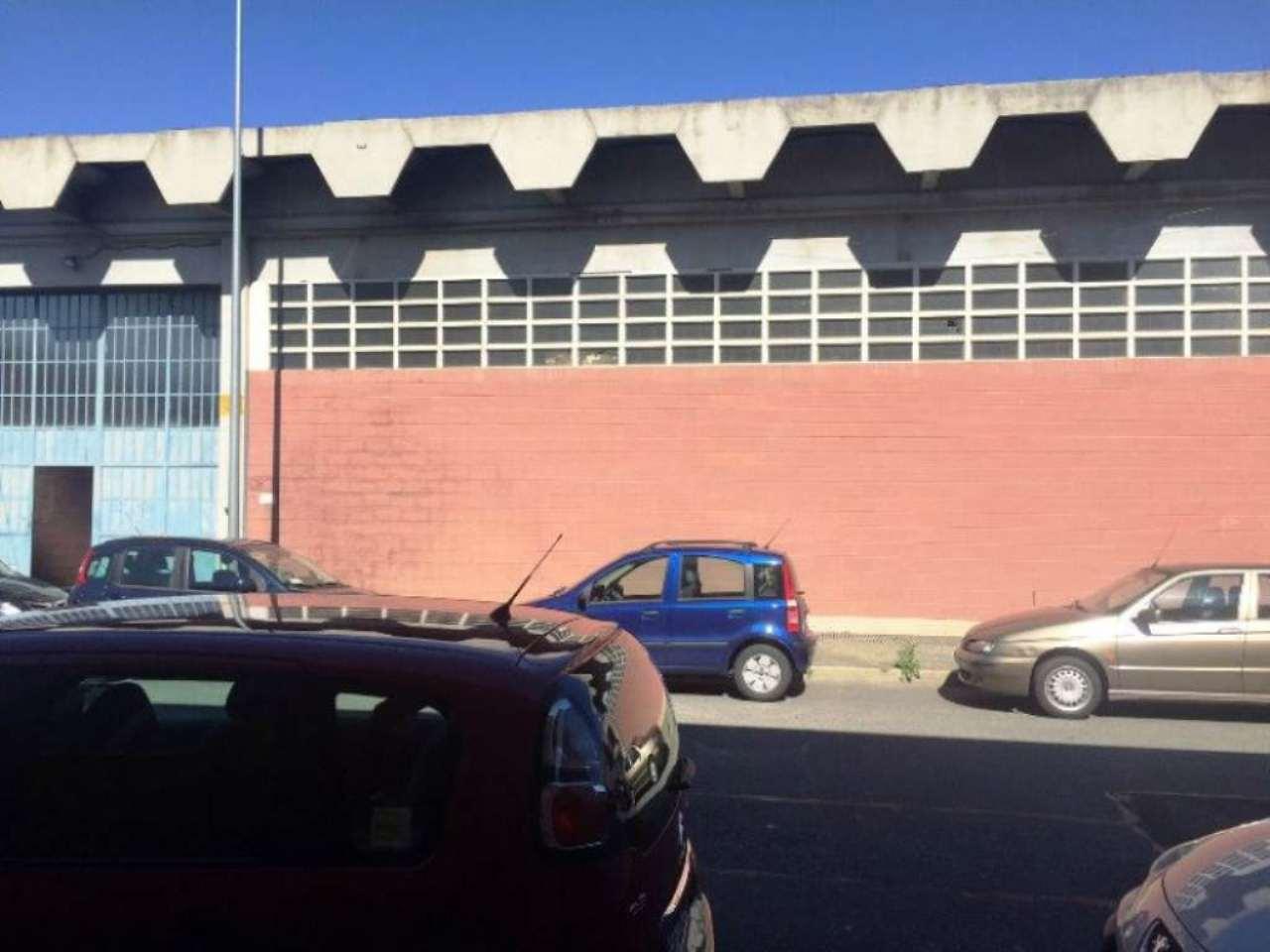 Capannone in vendita a Torino, 9999 locali, zona Zona: 13 . Borgo Vittoria, Madonna di Campagna, Barriera di Lanzo, prezzo € 350.000 | Cambio Casa.it