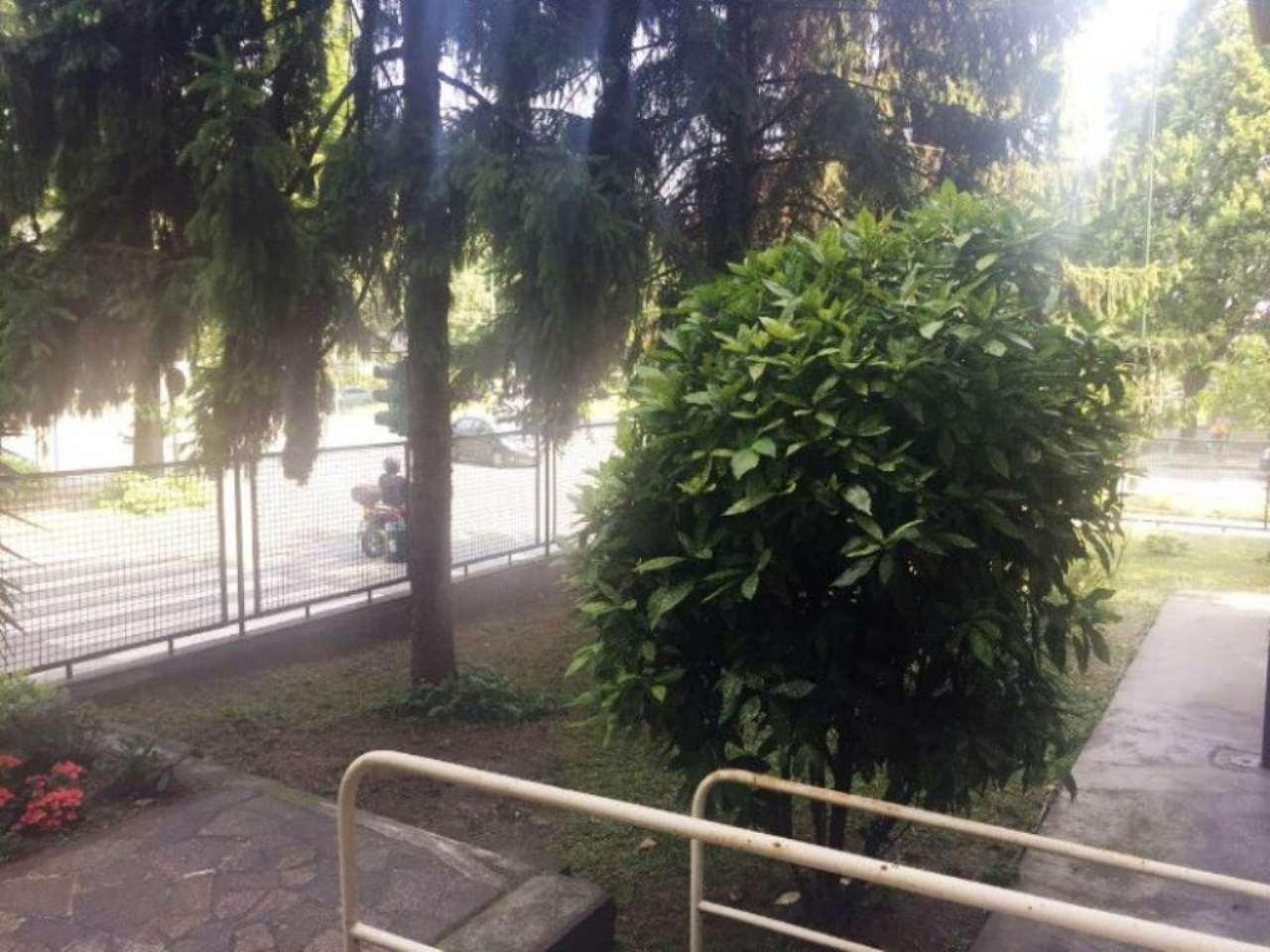 Bilocale Torino Corso Lecce 3