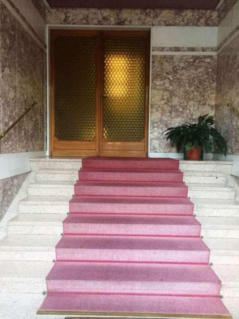 Bilocale Torino Via Isernia 2