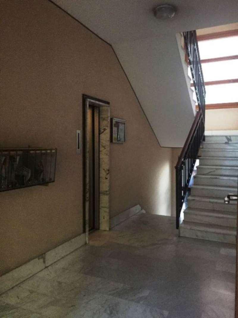 Bilocale Torino Via Isernia 3