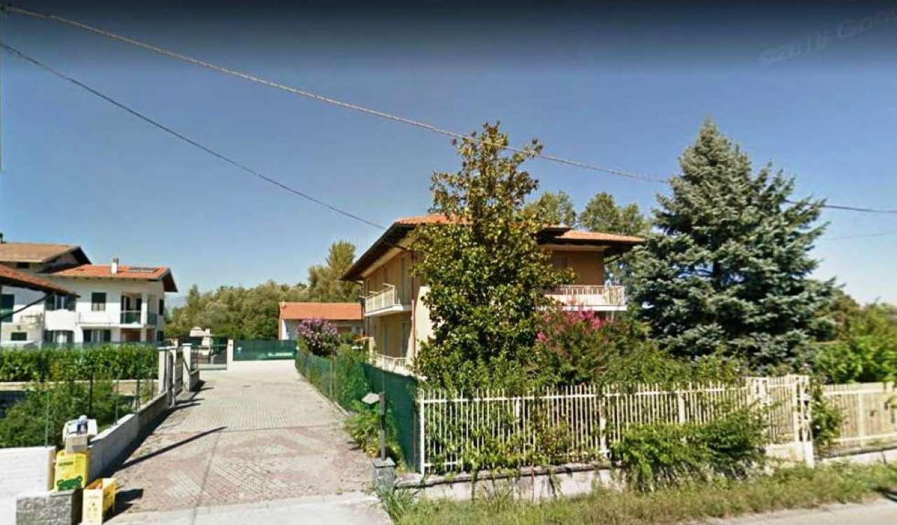 Foto 1 di Casa indipendente via Vercelli 43, frazione Realizio, Strambino