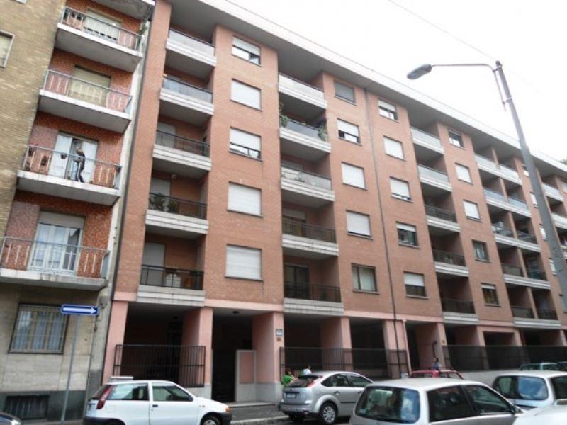Bilocale Torino Via Graglia 2